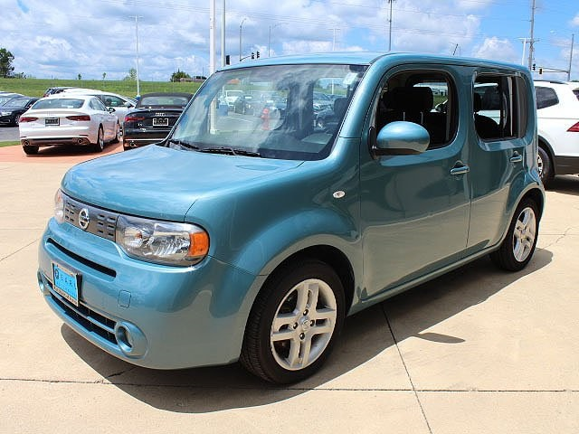 Pre-Owned 2009 Nissan Cube 1.8 SL